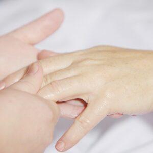 Les soins des mains et des pieds